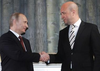 بوتين: سهولة اتخاذ قرارات استخدام القوة تثير الحيرة