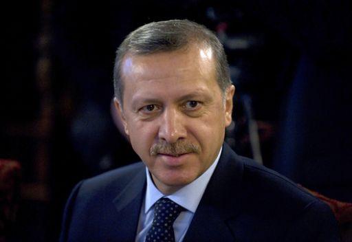 حزب اردوغان يحصد اكبر نسبة من الاصوات في استطلاع قبيل الانتخابات البرلمانية في تركيا