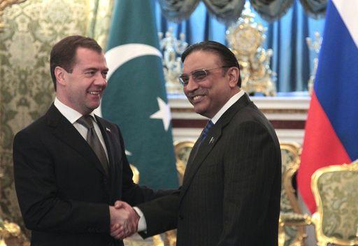 مدفيديف: روسيا وباكستان ستنسقان جهودهما في مواجهة الارهاب