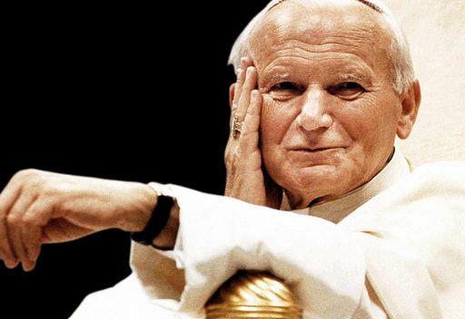 اجراء مراسم تطويب البابا يوحنا بولس الثاني في الفاتيكان
