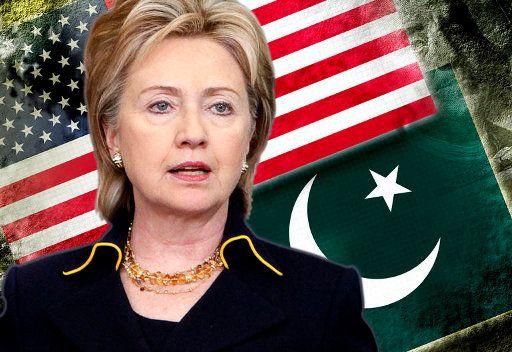كلينتون في باكستان لدفع الحوار الثنائي المعلق منذ مقتل بن لادن