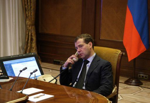 مدفيديف يبحث هاتفيا الخطوات المقبلة لتسوية النزاع في ليبيا مع رئيس جنوب افريقيا