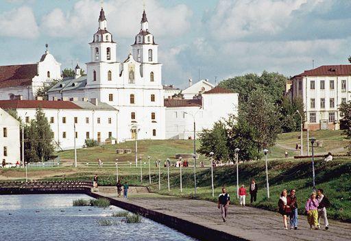 بيلاروس تلغي تأشيرات الدخول لمواطني قطر