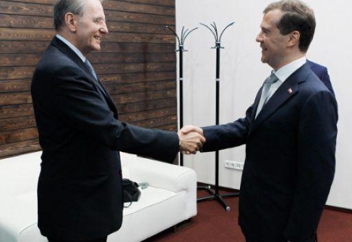 مدفيديف: التعاون بين روسيا واللجنة الاولمبية الدولية يتطور بشكل فعال