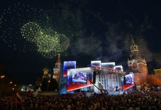 الشعب الروسي يحتفل بالعيد الوطني