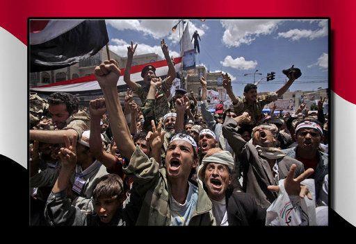 """اليمنيون بين جمعتي """"الاخلاص"""" و """"الصبر والمرابطة 1de8296cde8fb097b132"""