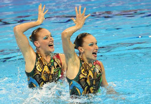 تألق لافت للروسيتين إيشينكو وروماشينا في بطولة العالم للألعاب المائية