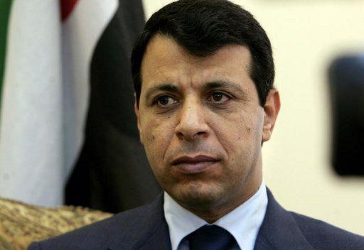 محمد دحلان: أبو مازن أسس دكتاتورية صغيرة على مقاسه
