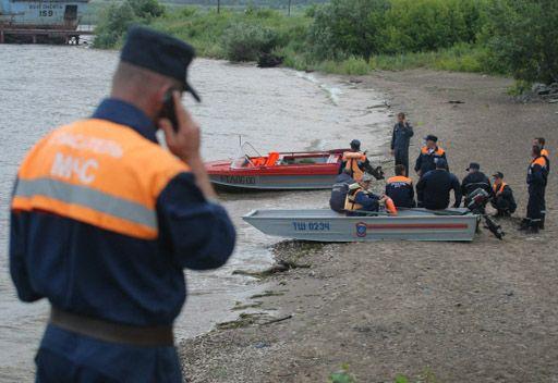 عشرات المفقودين بغرق باخرة روسية في نهر الفولغا على متنها 185 شخصا