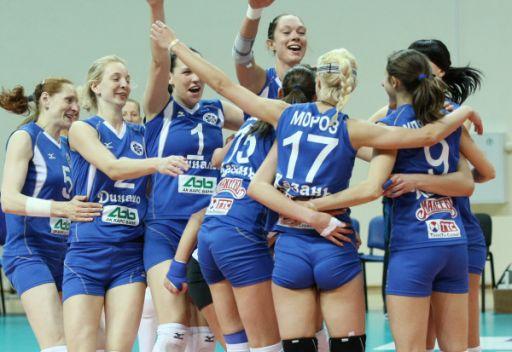 روسيا تحقق فوزها السادس على التوالي بالكرة الطائرة cd59722cdb63b5e3d38f