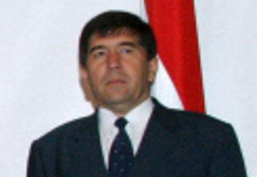 اسادولو غولوموف النائب الاول لرئيس وزراء طاجيكستان