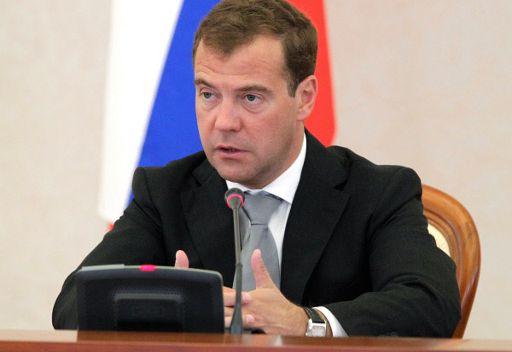 الرئيس مدفيديف يقول ان هناك استراتيجية منسقة لعمله المشترك مع بوتين