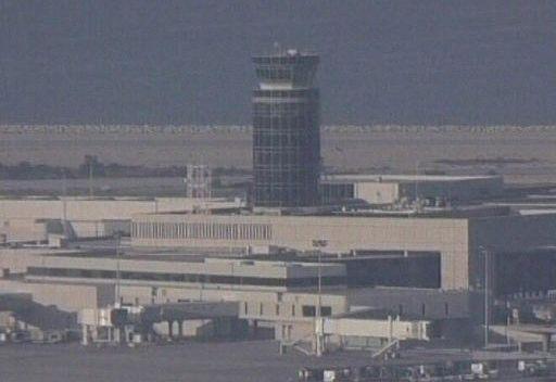 ويكيليكس: مطار بيروت تحت سيطرة