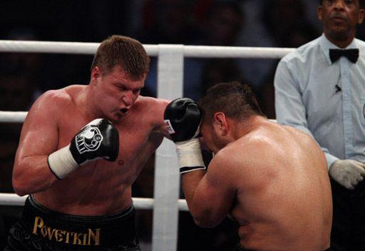الروسي بوفيتكين بطلاً للعالم بالملاكمة في الوزن الثقيل