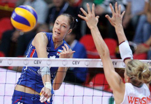 روسيا تبلغ ربع نهائي بطولة أوروبا بالكرة الطائرة بجدارة