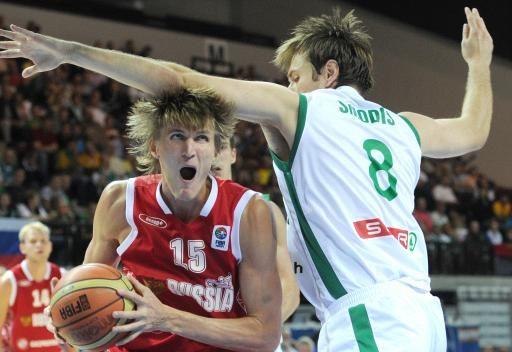 روسيا تنهي دور المجموعات لكأس العالم لكرة السلة بالعلامة الكاملة