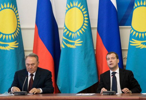 روسيا وكازاخستان توقعان اتفاقيات في أعقاب المنتدى الثامن للتعاون الاقليمي