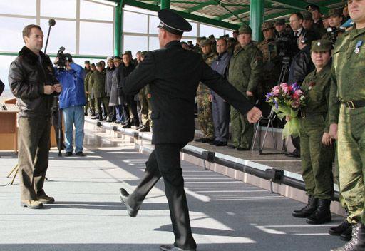 مدفيديف: نفقات الدفاع والامن في روسيا ستكون على الدوام عالية