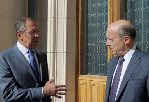 وزير خارجية فرنسا يدعو لإنهاء عملية الناتو في ليبيا ومعاقبة القذافي في بلاده