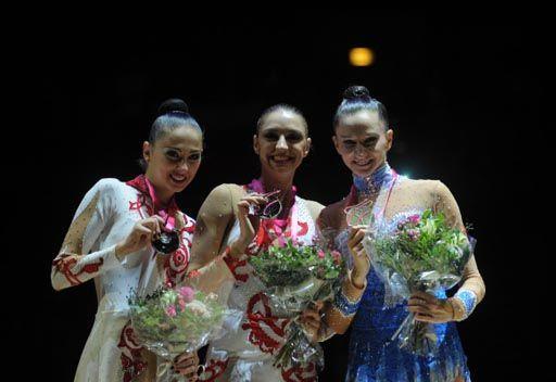 كانايفا تحرز ذهبيتين في بطولة العالم للجمباز الايقاعي
