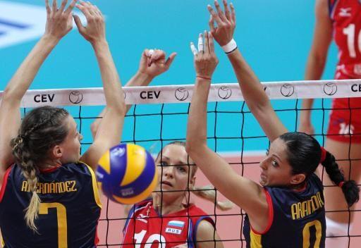 روسيا تحقق فوزها الثاني في بطولة أوروبا بالكرة الطائرة
