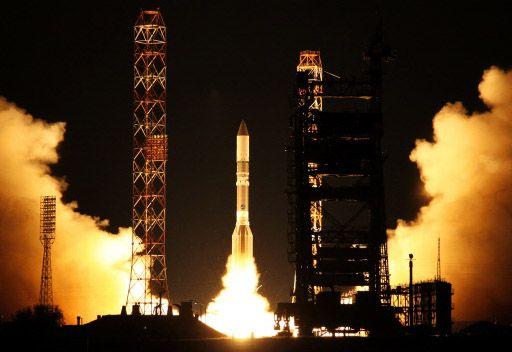 القوات الفضائية الروسية  تطلق قمرا صناعيا عسكريا من مطار بايكونور