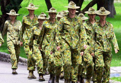 الحكومة الاسترالية تسمح للنساء بالمشاركة في العمليات القتالية