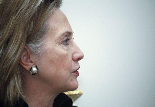 كلينتون: امريكا بحاجة الى دعم دول المنطقة لسياستها الافغانية