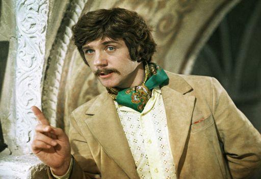ليونيد كورافليوف يقوم باداء دور جورج ميلوسلافسكي في فيلم