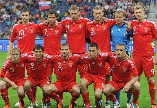 ادفوكات يعد بالاستقالة في حال فشل روسيا بلوغ يورو 2012