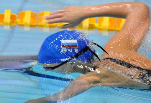 السباحة الروسية سوكولوفا تتوج بذهبية 800 م