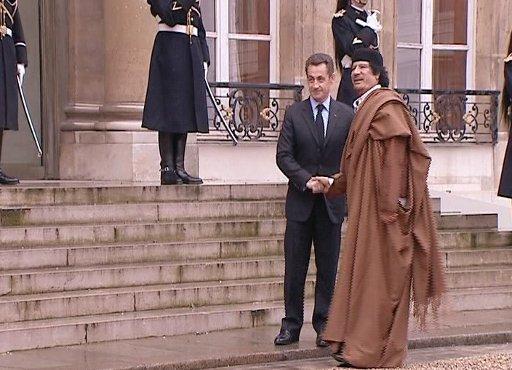 القذافي وخصومه في الغرب.. كانوا يوما