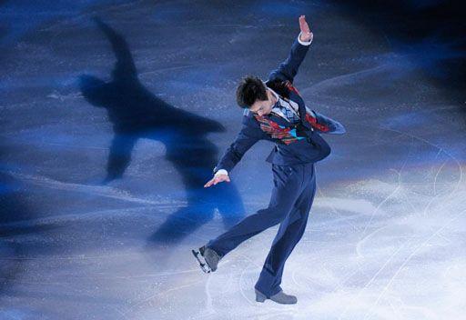 الكندي تشان يتوج بذهبية التزلج على الجليد
