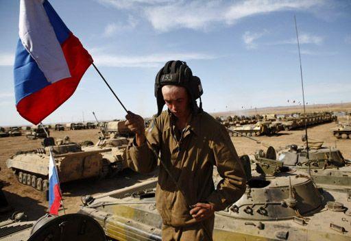 مدفيديف: يجب ان يكون الجيش الروسي جيشا آخر.. اصغر واكثر فعالية
