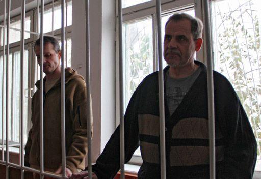 طاجيكستان... الغاء الحكم الصادر بحق الطيارين سادوفنيتشي ورودينكو واطلاق سراحهما