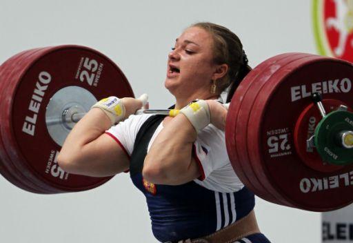 الروسية كاشيرينا تحقق رقماً قياسياً في بطولة العالم لرفع الأثقال
