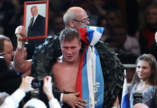 بوفيتكين: هدفي في عام 2012  النزال مع فلاديمير كليتشكو