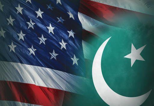 السفير الباكستاني بواشنطن يعود الى الوطن بعد اتهامه بالعمل ضد القيادة العسكرية للبلاد