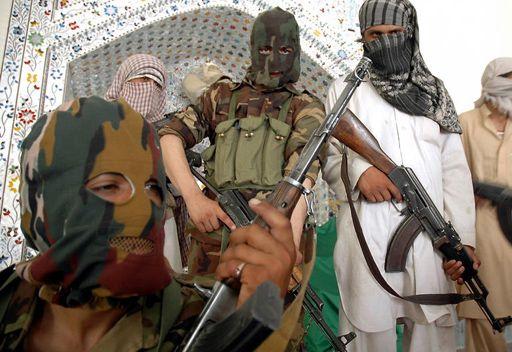 صحيفة: طالبان باكستان تؤكد بداية محادثات السلام مع اسلام آباد