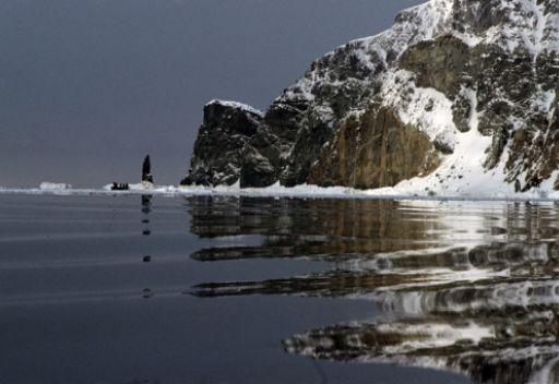اختفاء سفينة في مضيق لابيروز ووزارة الطوارئ الروسية تعلن العثور على جثث 3 بحارة