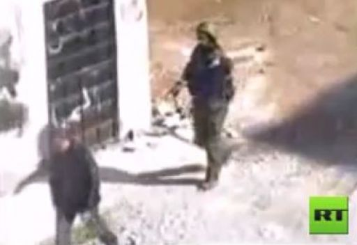 الامن السوري يعتقل مواطنين في مدينة حرستا بريف دمشق