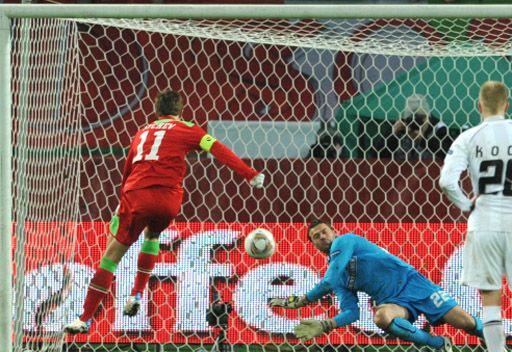 لوكوموتيف موسكو يبلغ الدور الـ 32 للدوري الأوروبي لكرة القدم