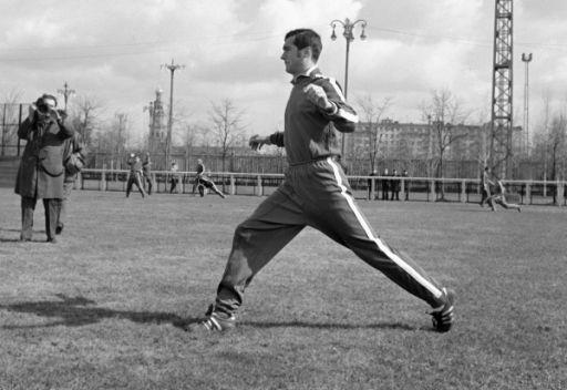 الموت يغيب لاعب كرة القدم السوفييتي غينادي لوغوفيت