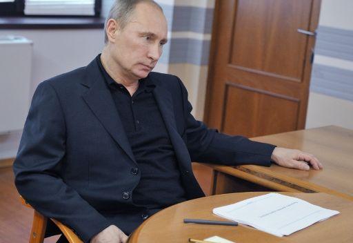 بوتين يجيب عن أسئلة المواطنين عبر الاثير مباشرة للمرة العاشرة
