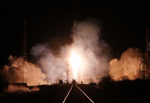 صاروخ روسي يضع على المدار ستة أقمار اتصال أمريكية