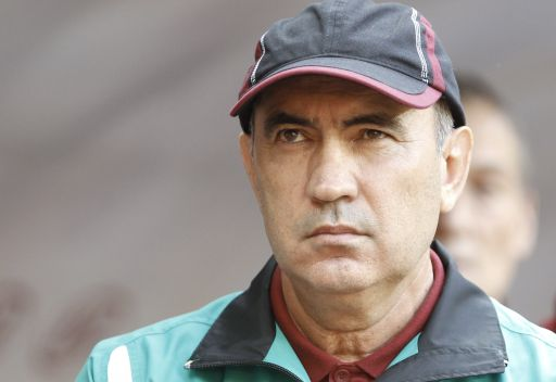 روبين قازان يطوي صفحة الخلاف مع المدرب بيردييف