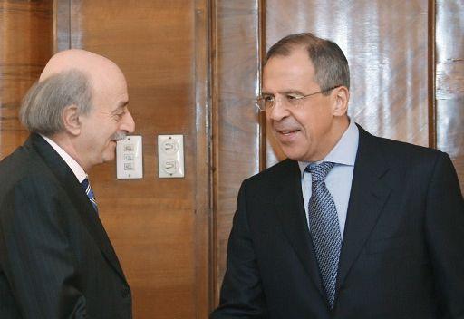 لافروف يبحث مع جنبلاط في موسكو تسوية الأزمة السورية والتعاون الروسي اللبناني