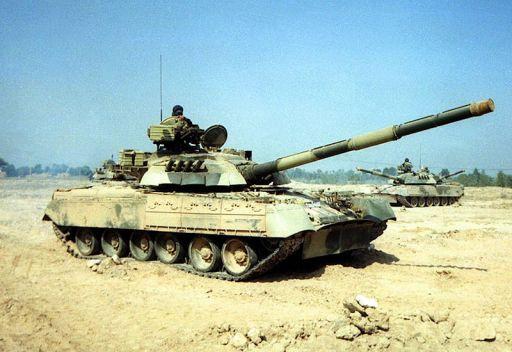 تدمير دبابة تي 72 بمدينة الرستن في سورية
