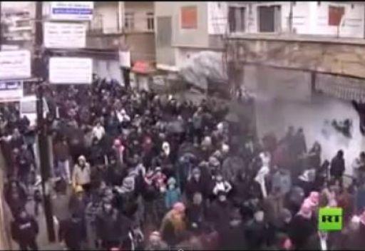مظاهرات في الزبداني تطالب باسقاط النظام في سورية