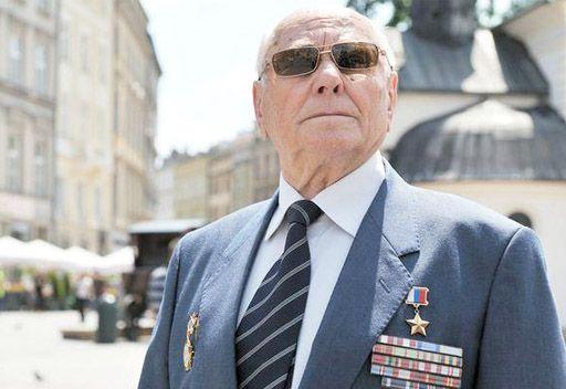 أليكسي بوتيان رجل استخبارات أنقذ مدينة بولندية من الدمار